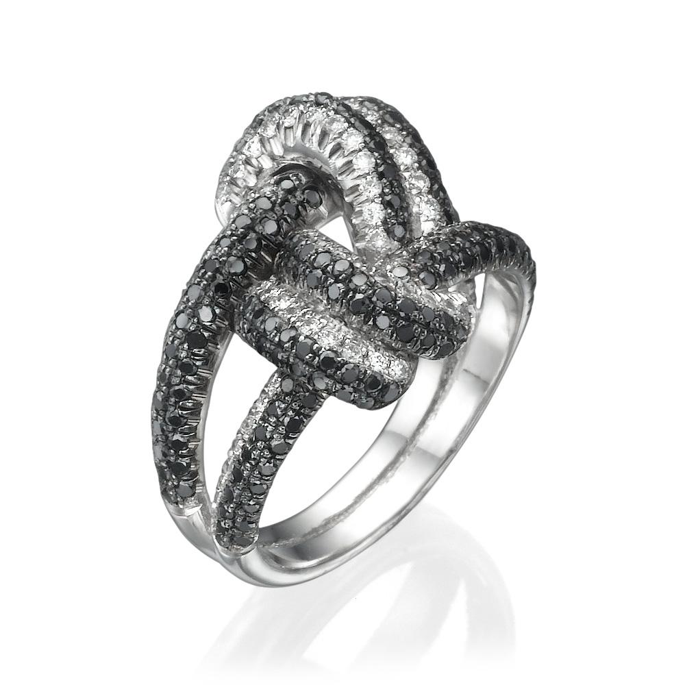 טבעת יהלומים קשר החברות