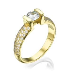 טבעת אירוסין מפוארת בומביי דיאמונד