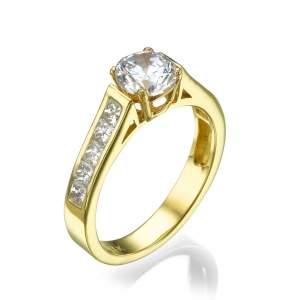 טבעת אירוסין מרשימה שרי