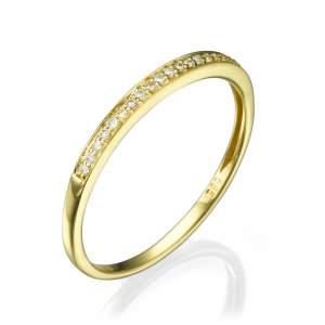טבעת שורת יהלומים שיבוץ סגור